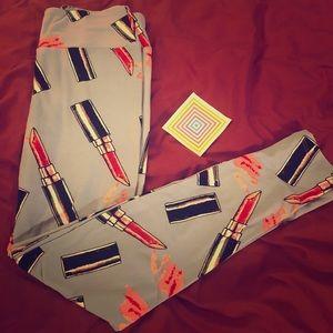 Brand New LulaRoe lipstick leggings!!!